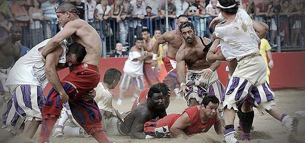 Futbolli historik fiorentin 4